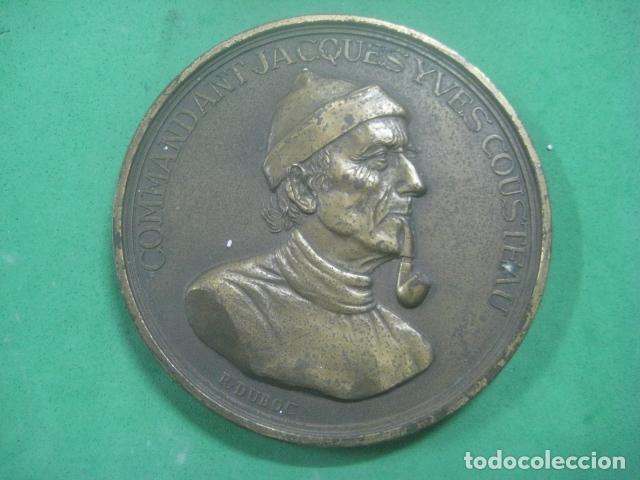 Medallas temáticas: ENORME MEDALLA DE BRONCE CINCELADO DE JACQUES YVES COUSTEAU Y SU BARCO EL CALYPSO, 210 GRAMOS - Foto 11 - 62621360