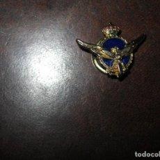 Medallas temáticas: MEDALLA INSIGNIA ANTIGUA ESMALTADA AVIACION. Lote 66167830