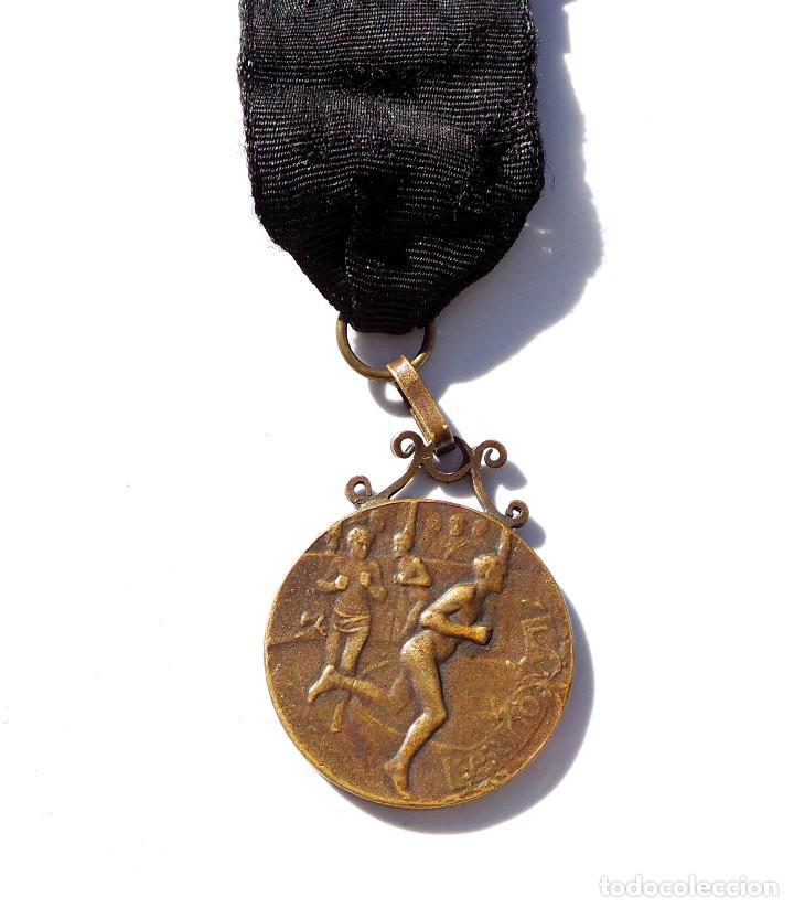 Medallas temáticas: MEDALLA DEPORTIVA - OFFERT PAR L´EST REPUBLICAIN - Foto 3 - 67041150