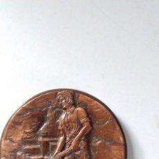Medallas temáticas: MEDALLA CONMEMORATIVA EN BRONCE DE LA XIII SEMANA INTERNACIONAL DE CINE NAVAL Y DEL MAR 1984. Lote 72019411