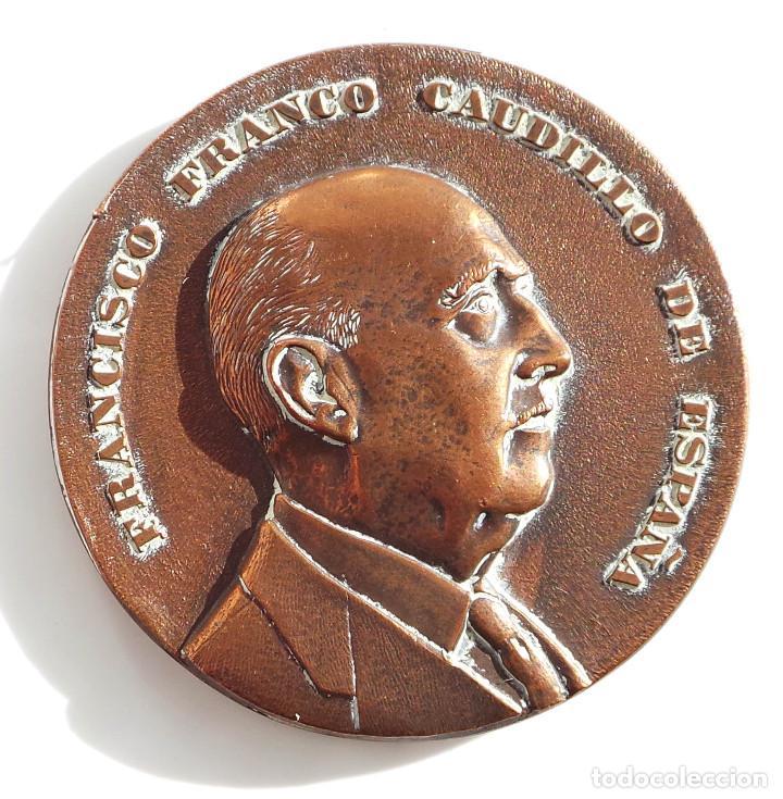 Medallas temáticas: Medalla fundación nacional Francisco Franco 1976 - Foto 2 - 100074868