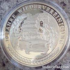Medallas temáticas: PRECIOSA MONEDA PLATA DEL 10 ANIVERSARIO DE LA REUNIFICACION DE ALEMANIA. Lote 74232707