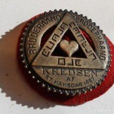 Medallas temáticas: BROODERAAND KREDSEN AF ST. HANSDAG 1887, MASONERIA. Lote 75491067