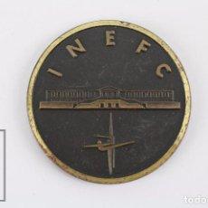 Medallas temáticas: MEDALLA DEL INSTITUT NACIONAL D'EDUCACIÓ FÍSICA DE CATALUNYA / INEFC - DIÁMETRO 5 CM. Lote 76256751