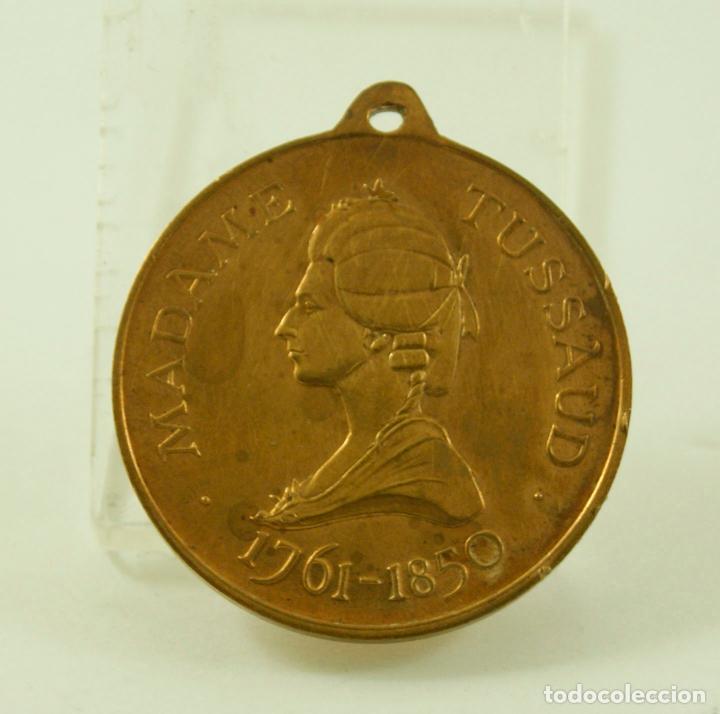 MEDALLA FRANCESA MADAME TUSSAUD (Numismática - Medallería - Temática)
