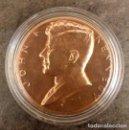 Medallas temáticas: MONEDA CONMEMORATIVA A LA INVESTIDURA PRESIDENCIAL DE JOHN F KENNEDY EN ESTADOS UNIDOS EN 1961. Lote 85200568