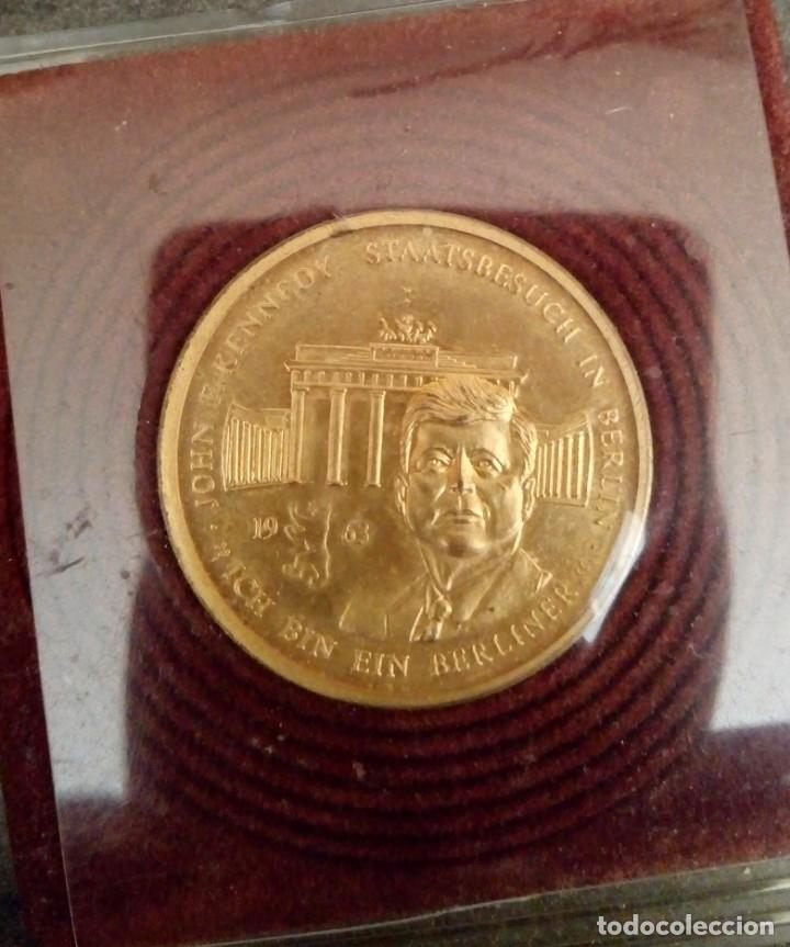 Medallas temáticas: BONITA MONEDA DE JOHN F. KENNEDY 1917 - 1963 CHAPADA EN ORO CON SU CERTIFICADO DE AUTENTICIDAD Y Nº - Foto 2 - 234171740