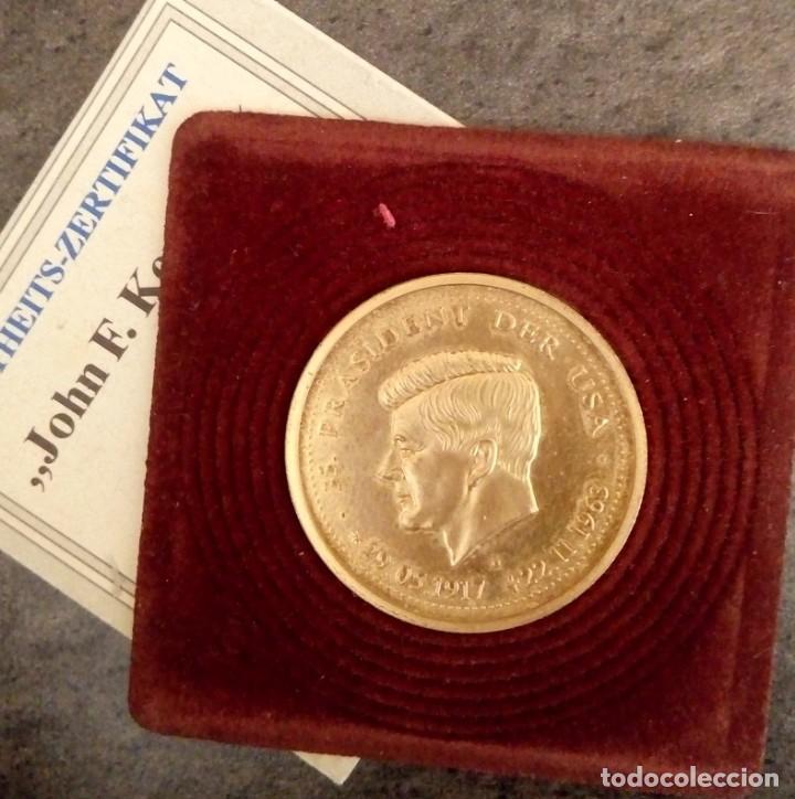 Medallas temáticas: BONITA MONEDA DE JOHN F. KENNEDY 1917 - 1963 CHAPADA EN ORO CON SU CERTIFICADO DE AUTENTICIDAD Y Nº - Foto 4 - 234171740
