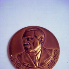 Medallas temáticas: MEDALLA ALEMANA: AVIADOR ANTON RIEDIGER 1899 - 1959 - 50 AÑOS AUTOESCUELA RIEDIGER. Lote 90665565