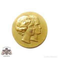 Medallas temáticas: MEDALLA SS.AA.RR JUAN CARLOS DE BORBON PRINCIPE DE ASTURIAS - PRINCESA SOFIA DE GRECIA 14 MAYO 1962. Lote 90733005