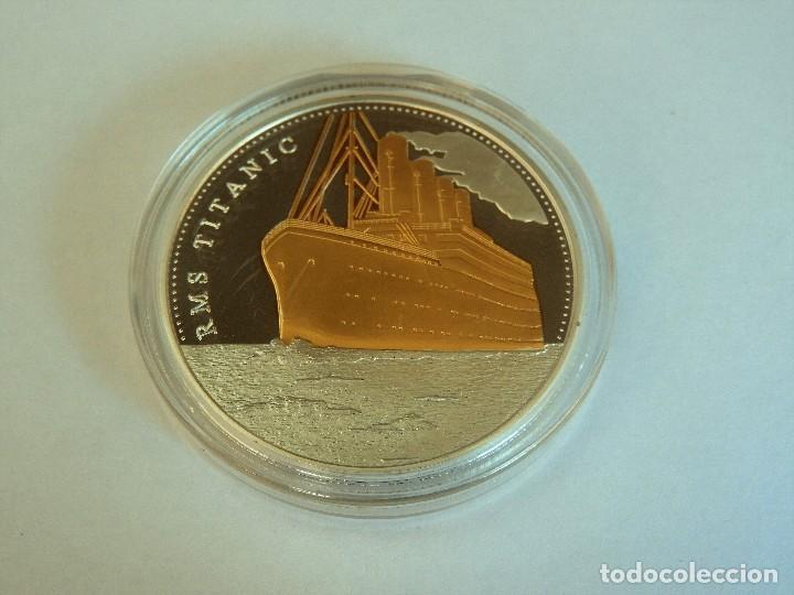 PRECIOSA GRAN MONEDA CONMEMORATIVA EL VIAJE DEL TITANIC PLATA Y ORO SILVER / GOLD (1) (Numismática - Medallería - Temática)