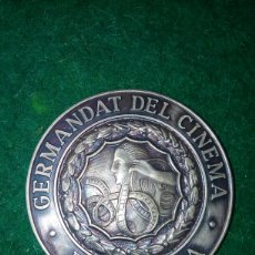 Medallas temáticas: MEDALLA GERMANDAT DEL CINEMA BARCELONA *PUJOL*. Lote 95670564