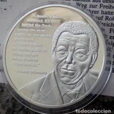 Medallas temáticas: MONEDA PLATA DE NELSON MANDELA CON UNA CITA SUYA DE SU AUTOBIOGRAFIA. Lote 97429719