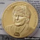 Medallas temáticas: BONITA MONEDA CONMEMORATIVA ANGELA MERKEL PRIMERA MUJER CANCILLER DE ALEMANIA EN EL AÑO 2005. Lote 97430931