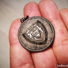 Medallas temáticas: ANTIGUA Y RARA MEDALLA DEL CLUB MARQUES DE BOLARQUE BU .FUENTEPIZARRO- PLATA DE LEY AÑOS 60. Lote 102470487