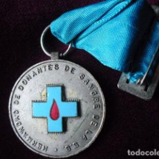 Médailles thématiques: HERMANDAD DONANTES SANGRE DE LA S.S.,CIUDAD SANITARIA LA FE,VALENCIA 35 MM.. Lote 103843215