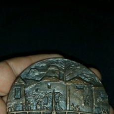 Medallas temáticas: MEDALLA MEDALLÓN DE TOROS DE NAVALCARNERO. Lote 105939467