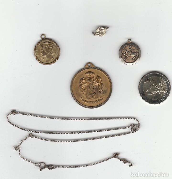 LOTE DE 4 MEDALLAS MAS CADENA (Numismática - Medallería - Temática)