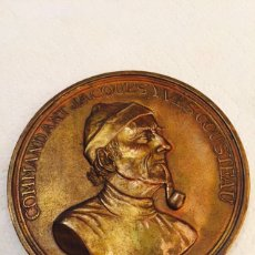 Medallas temáticas: MEDALLA COMANDANTE JACQUES YVES COUSTEAU R.DUBOC. Lote 107859438