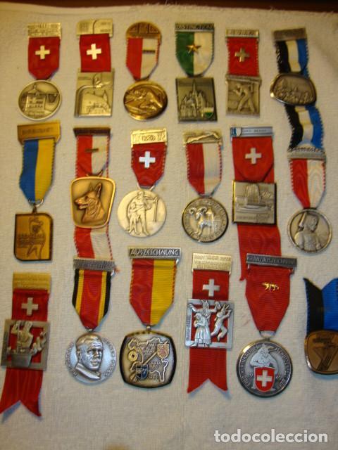 IMPRESIONANTE COLECCION DE 120 MEDALLAS ORIGINALES TODAS EN PERFECTO ESTADO VER FOTOS (Numismática - Medallería - Temática)