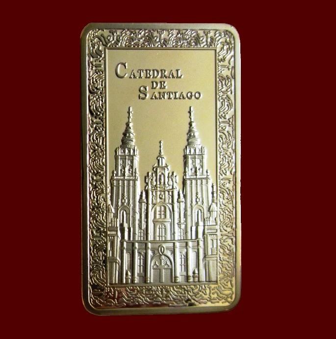LINGOTE CATEDRAL DE SANTIAGO EN RELIEVE. BAÑO DE ORO 24 KT. EDICION AÑO XACOBEO (Numismática - Medallería - Temática)