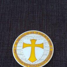 Medallas temáticas: MONEDA PLATEADA CABALLEROS TEMPLARIOS. Lote 218980835