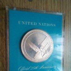 Medallas temáticas: ONU. MEDALLA DE PLATA. 25 ANIVERSARIO. 1970. Lote 113938427