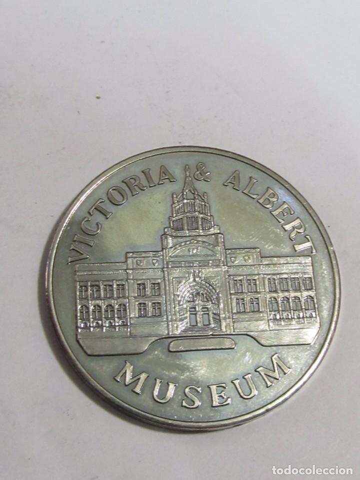 Medallas temáticas: MONEDA CONMEMORATIVA PLATEADA - VICTORIA & ALBERT MUSEUM - Foto 2 - 117374879