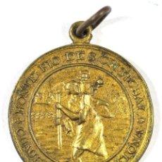 Medallas temáticas: MEDALLA MONTE PIO DE CRISTÓBAL. CONTROLADORES BARCELONA. CHAUFFEURS BARCELONA. Lote 118856583