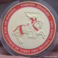Medallas temáticas: MONEDA DORADA CABALLEROS TEMPLARIOS. Lote 218980732