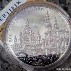Medallas temáticas: BONITA MONEDA CON PLATA PURA CONMEMORANDO LOS 800 AÑOS DE LA CIUDAD DE DRESDEN ALEMANIA EN 2006. Lote 120799175