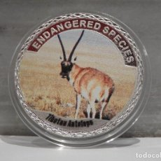 Medallas temáticas: MONEDA PLATA CONMEMORATIVA ANIMALES EN PELIGRO DE EXTINCION - ANTILOPE TIBETANO 100$. Lote 121985435