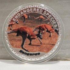 Medallas temáticas: MONEDA PLATA CONMEMORATIVA ANIMALES EN PELIGRO DE EXTINCION - CANGURO 100$. Lote 121985871