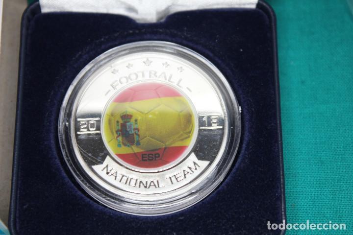 Medallas temáticas: España, Moneda conmemorativa de Fútbol Mundial Rusia 2018 - Foto 2 - 122898335