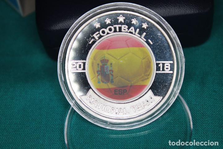Medallas temáticas: España, Moneda conmemorativa de Fútbol Mundial Rusia 2018 - Foto 5 - 122898335