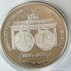 Medallas temáticas: MONEDA PLATA CONMEMORATIVA A LA DESPEDIDA DEL MARCO ALEMAN Y ENTRADA DEL EURO EN ALEMANIA. Lote 127823995