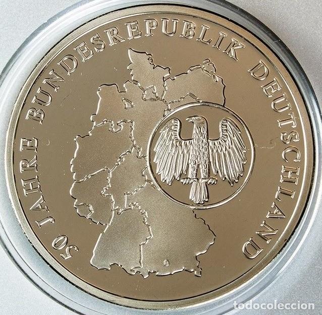 Medallas temáticas: MONEDA PLATA CONMEMORATIVA A LA DESPEDIDA DEL MARCO ALEMAN Y ENTRADA DEL EURO EN ALEMANIA - Foto 2 - 127823995