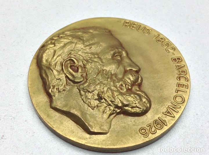 MEDALLA EXPOSICION GAUDI BARCELONA 1967 - COLEGIO OFICIAL DE ARQUITECTOS (Numismática - Medallería - Temática)
