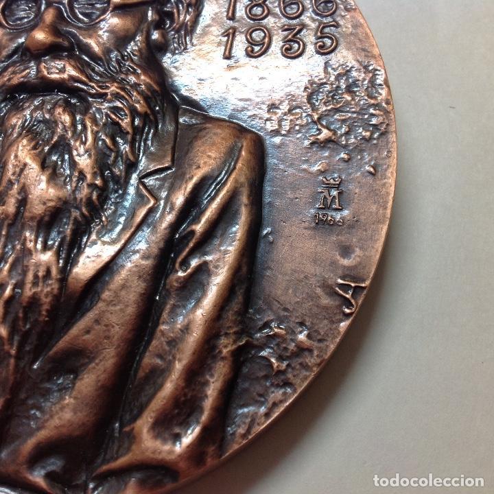 Medallas temáticas: Medalla de bronce de la FNMT, a Ramon del Valle Inclán, 8,5 cms. de diámetro. Nueva, de JLH - Foto 4 - 146694548