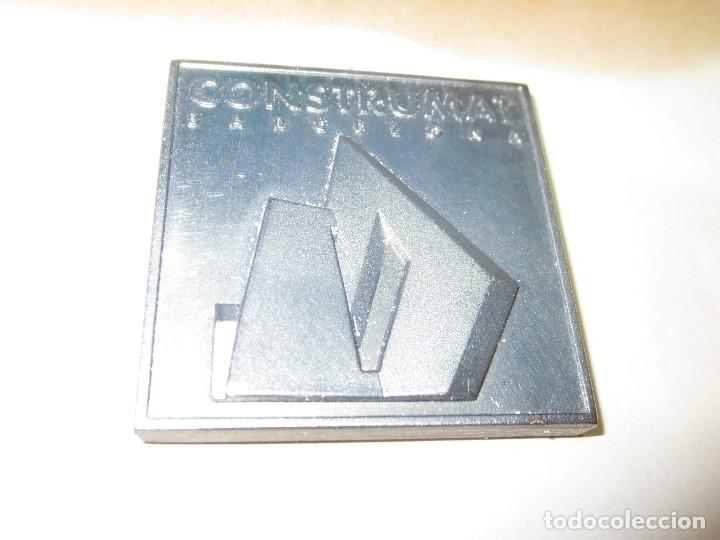 Medallas temáticas: DE ARQUITECTURA ANTIGUA MEDALLA O DISTINTIVO CONSTRUMAT BARCELONA 1997 - Foto 8 - 133213314