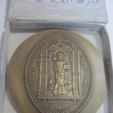 Medallas temáticas: MEDALLA GRANDE DE BRONCE - UNIVERSIDAD DE COIMBRA, PORTUGAL. Lote 133233230