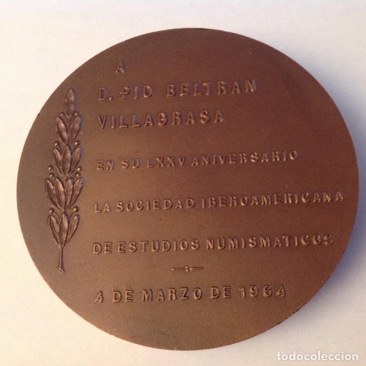 Medallas temáticas: Medalla a D. Pío Beltrán Villagrasa, FNMT, 1964, de 8 cms. Nueva. Preciosa - Foto 2 - 133405962