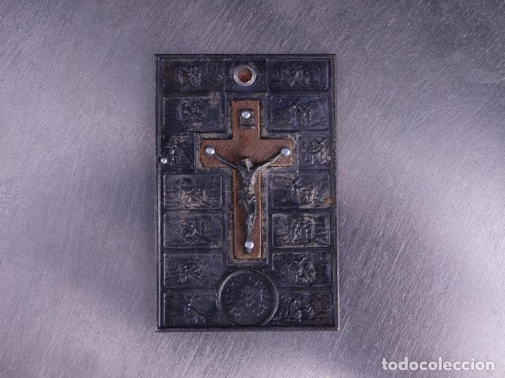 COLGANTE CON VIACRUCIS SAN CALLISTO CATACUMBE (Numismática - Medallería - Temática)