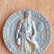 Medallas temáticas: MEDALLA XXV FERIA OFICIAL E INTERNACIONAL DE MUESTRAS BARCELONA 1957. Lote 137912254