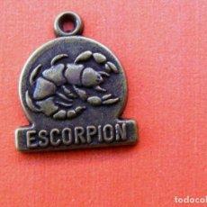 Medallas temáticas: PEQUEÑA MEDALLA DEL HORASCOPO, ESCORPION . Lote 142447046