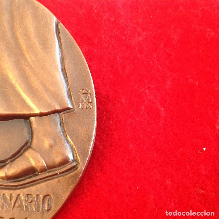 Medallas temáticas: Medalla de bronce, Fray Junípero Serra, de 85 mm de diámetro, firmada en anagrama TFM, nueva. - Foto 4 - 142689534