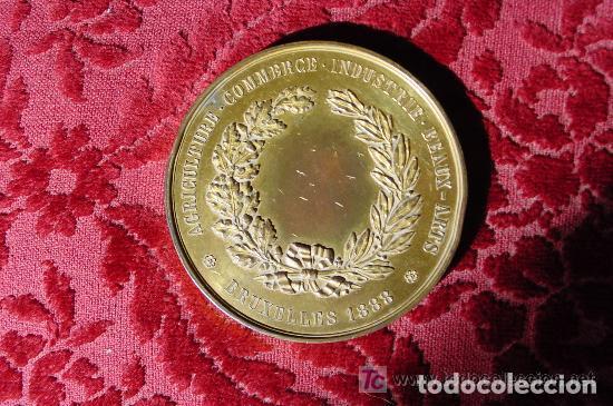 Medallas temáticas: MEDALLA DE LA ACADEMIA UNIVERSAL DE LAS CIENCIAS Y ARTES INDUSTRIALES BRUSELAS 1888 - Foto 2 - 143830642