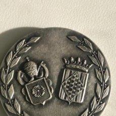 Medallas temáticas: TARRAGONA. MEDALLA DEL DÍA DE LA PROVINCIA DE REUS 27-10-1974. FIRMADA PUJOL. . Lote 146345798