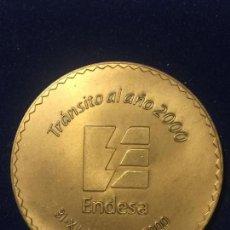 Medallas temáticas: MEDALLA EMPLEADA DE ENDESA AÑO 2000.. Lote 147586214