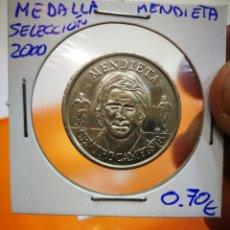 Medallas temáticas: MEDALLA MENDIETA SELECCION 2000. Lote 147614570